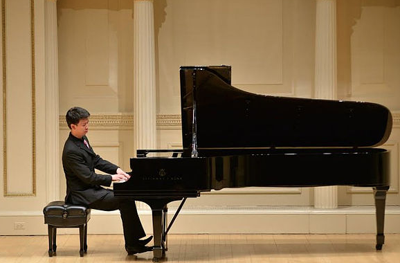 Thomas Lee, pianist